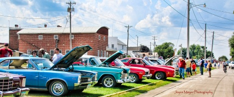 Bluff Country Cruisers Car Show in Ossian jm