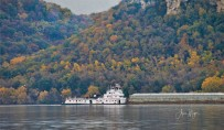 fall barge name